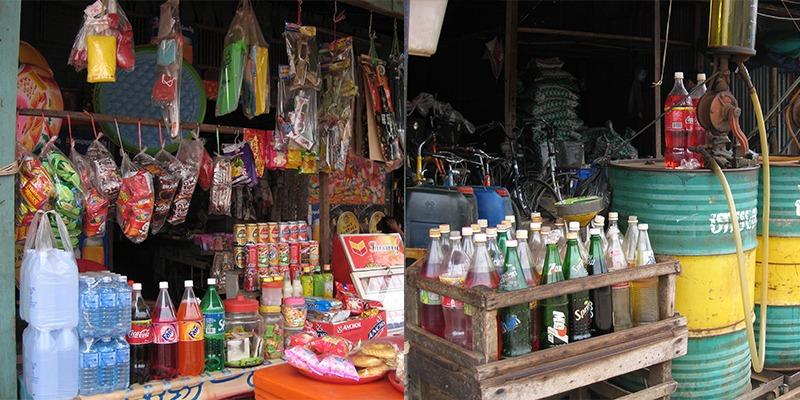 frisdrank en benzine Cambodja