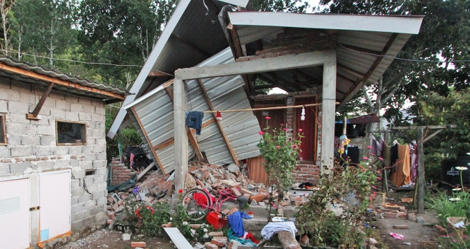 aardbeving Indonesië