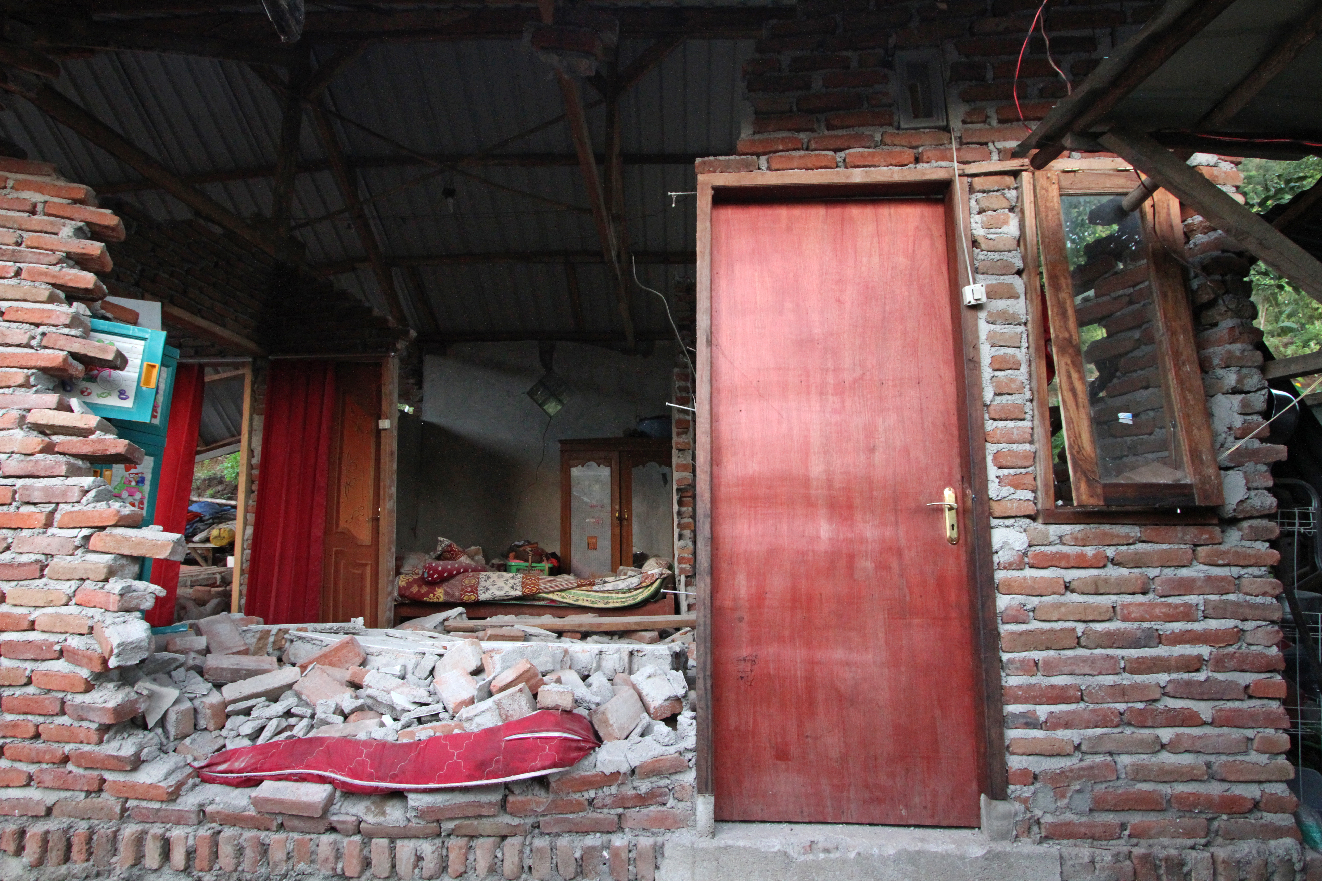aardbeving Indonesië gevolgen